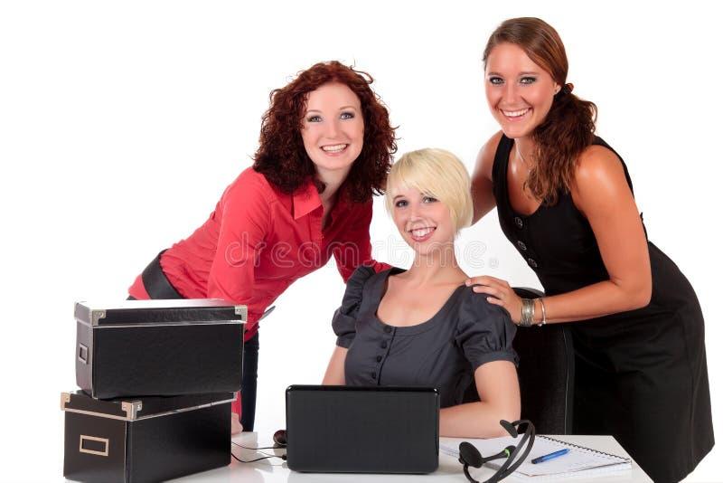 Drei erfolgreiche Geschäftsfrauen stockfoto