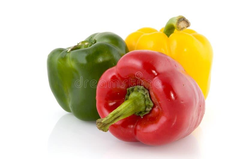 Drei farbiger Paprika lizenzfreie stockfotos