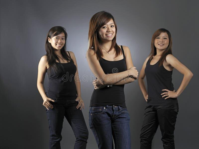 Drei junger asiatischer Teenager stockbilder