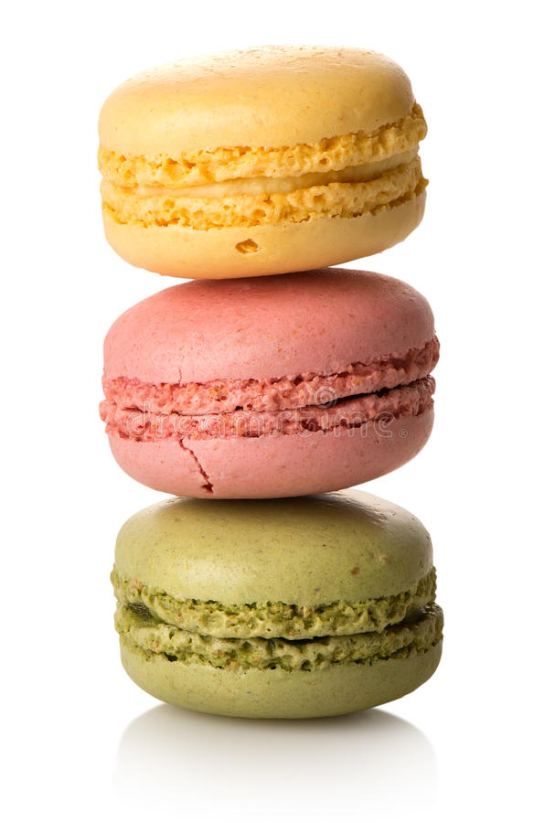 Download Drei Karamell macarons stockfoto. Bild von biskuit, bake - 90231362
