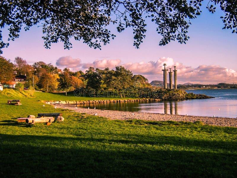 Drei Klingen-Monument, Stavanger, Norwegen stockfotos