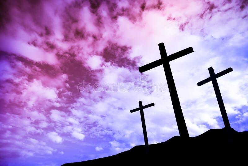 Drei Kreuze auf einem Hügel lizenzfreie stockfotos