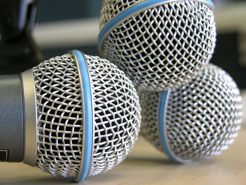 Drei Mikrophone stockfotografie