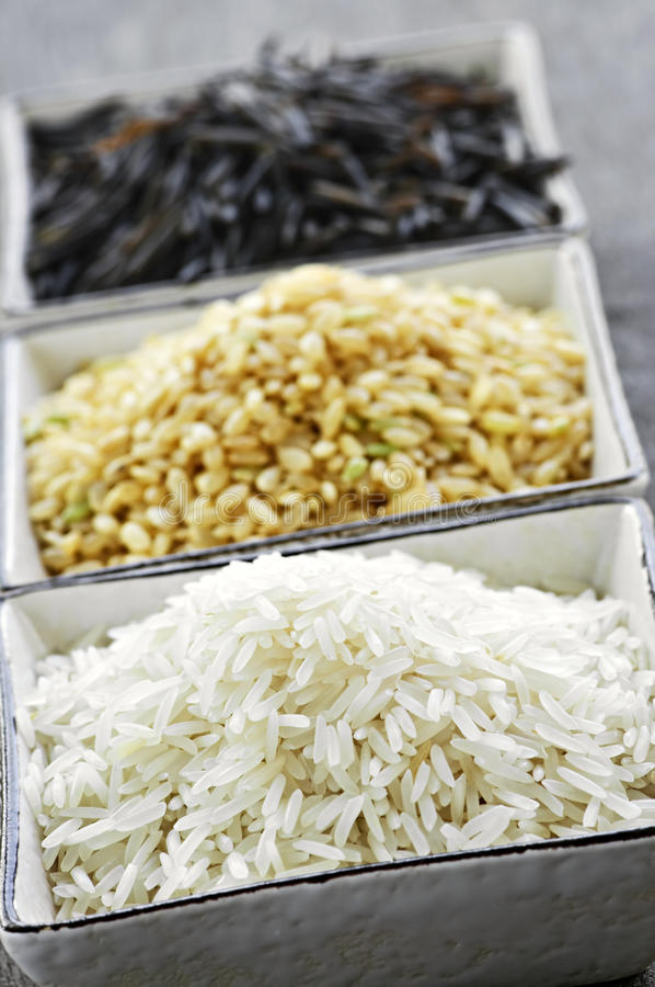 Drei Schüsseln Reis lizenzfreie stockfotografie