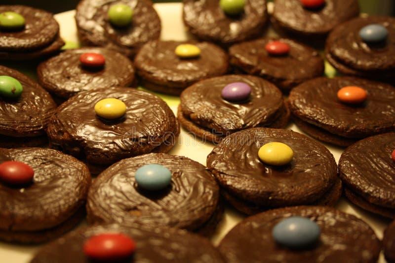 Drei Schokoladenplätzchen stockfoto
