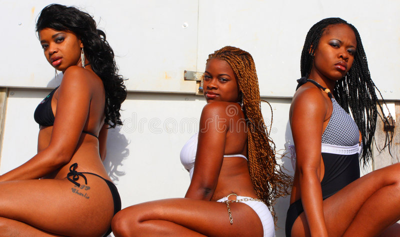 Drei schwarze Frauen stockfotos