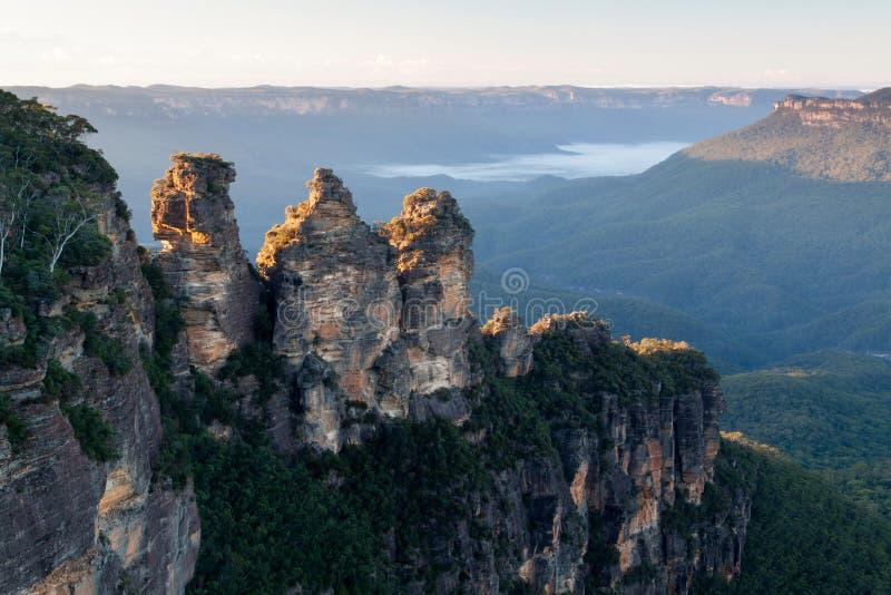 Drei Schwester-Berge lizenzfreies stockbild