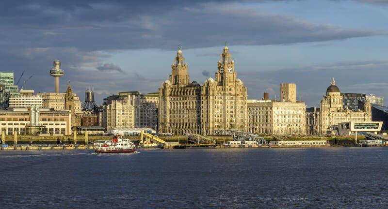 Drei Umgangsform-Liverpool-Ufergegend UNESCO-Gebäude lizenzfreies stockbild