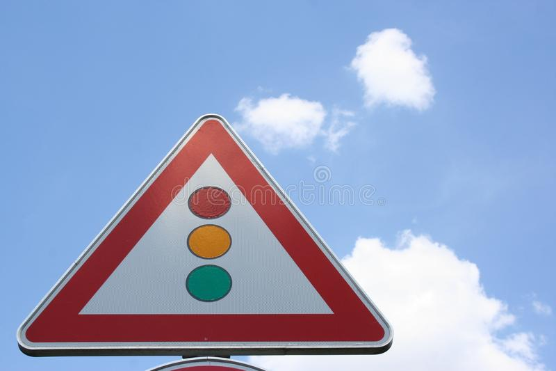 Dreieckiges taffic SignalVerkehrsschild, Deutschland stockbild