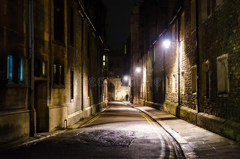Dreiheits-Weg bis zum Nacht, Cambridge, Vereinigtes Königreich lizenzfreie stockfotos