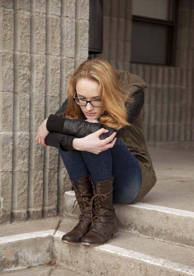 Drepressed nastoletnia dziewczyna obrazy stock