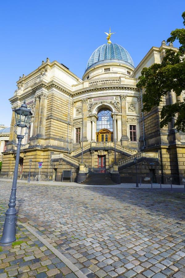 Dresden akademi av konster arkivbild