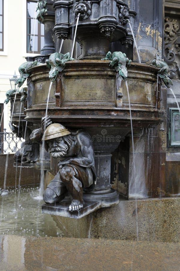 Dresden: Cholera-Brunnen lizenzfreie stockbilder