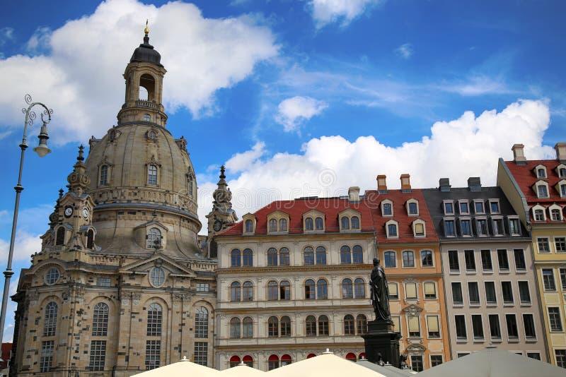 "DRESDEN, DUITSLAND € ""13 AUGUSTUS, 2016: Neumarktvierkant in Frauenk royalty-vrije stock fotografie"