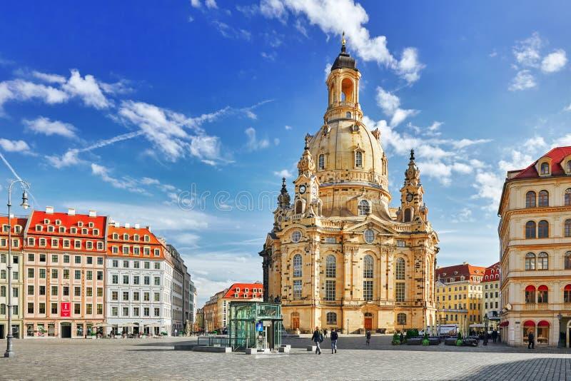 Dresden Frauenkirche (kyrka av vår dam) är en Lutherankyrka i Dresden Sachsen Tyskland fotografering för bildbyråer