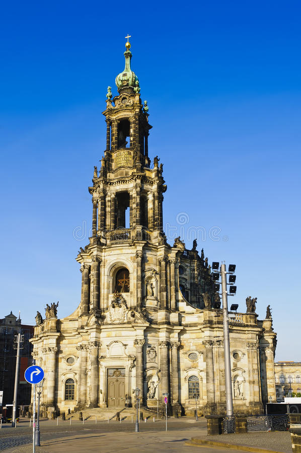 dresden hofkirche royaltyfria foton