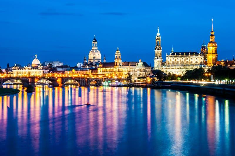 Dresden nachts stockbilder