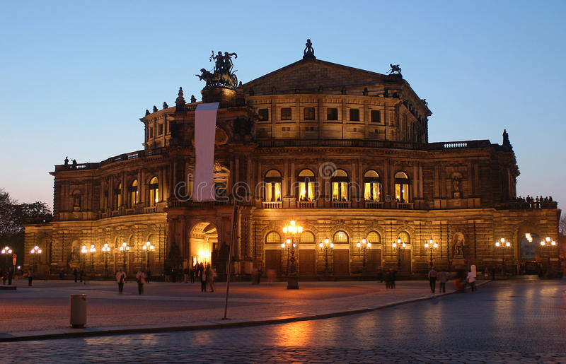 Dresden-Oper stockfotos