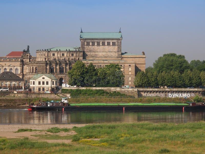 Dresden Semperoper imagenes de archivo