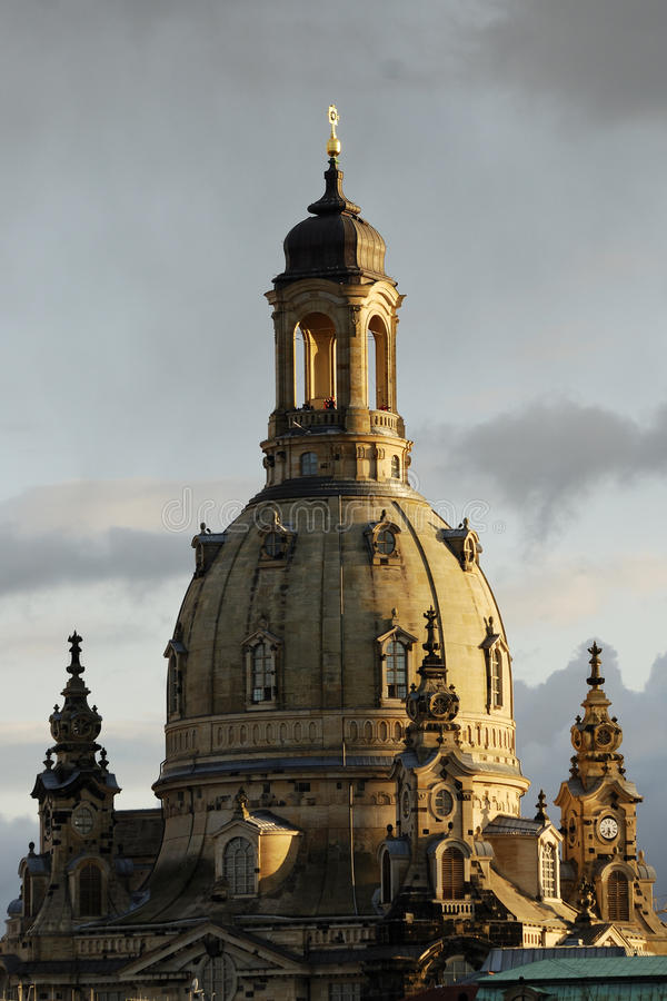 Dresdner Frauenkirche ( immagine stock