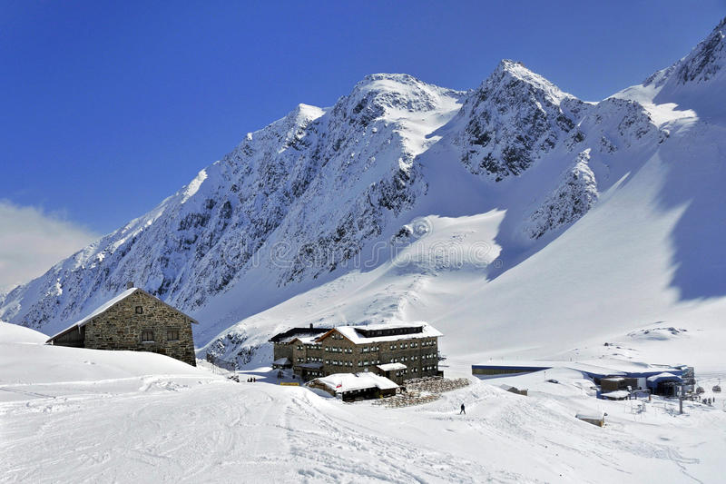 Download Dresdnerhutte in Stubai stock photo. Image of roof, grosser - 35695648
