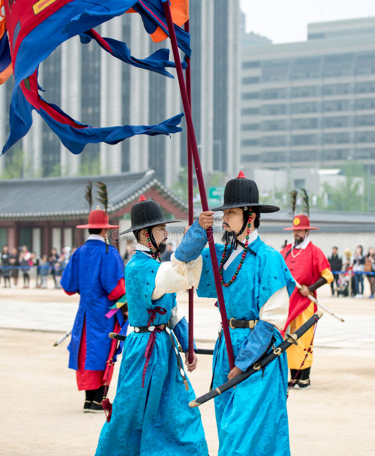 Dressed in traditional costumes from Gwanghwamun gate of Gyeongbokgung Palace Guards. Seoul, South Korea - April 22, 2016: Seoul, South Korea April 22, 2016 royalty free stock photography