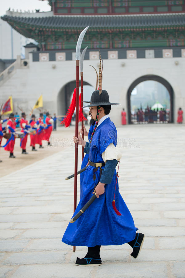 Dressed in traditional costumes from Gwanghwamun gate of Gyeongbokgung Palace Guards. Seoul, South Korea - April 22, 2016: Seoul, South Korea April 22, 2016 royalty free stock images