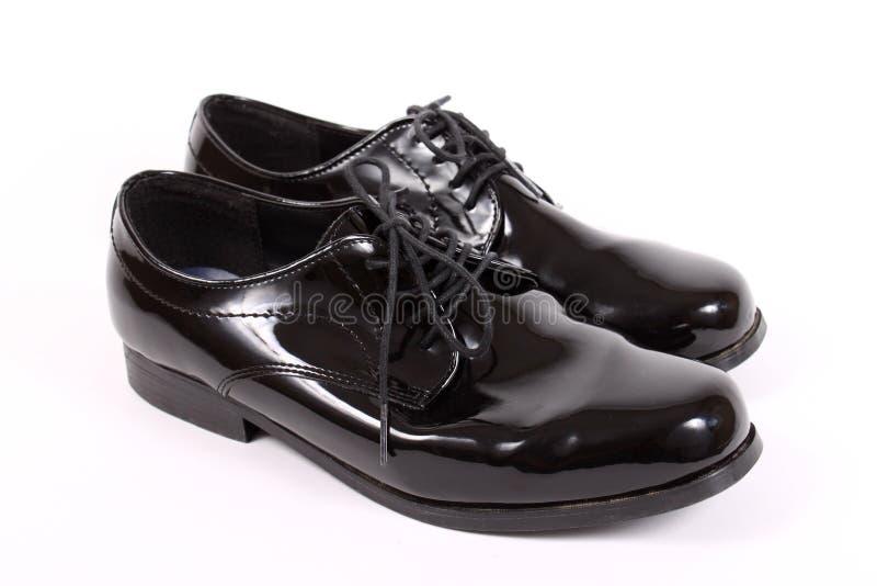 dressy blanka skor för män s royaltyfri fotografi