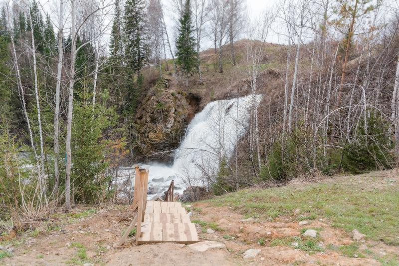 Drewniana drabina siklawa Drabina rzeka zdjęcia royalty free