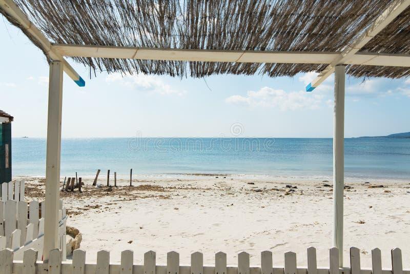 Drewniana pergola w Maria Pia plaży obrazy royalty free