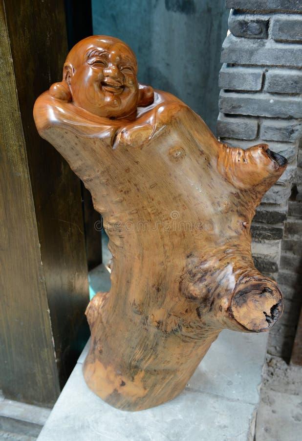 Drewniana rzeźbi Buddha statua fotografia stock