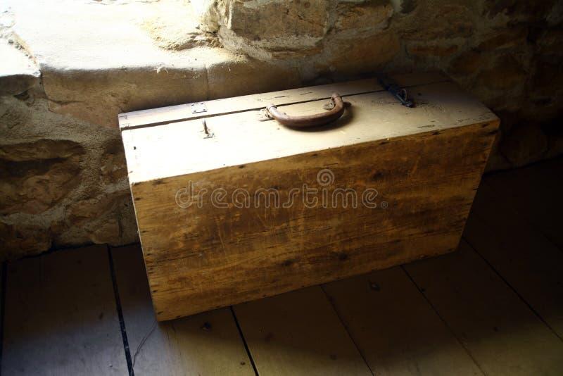 drewniana stara walizka zdjęcia stock