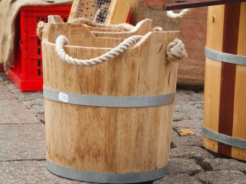 Drewniana synklina na bocznym spacerze zdjęcie royalty free