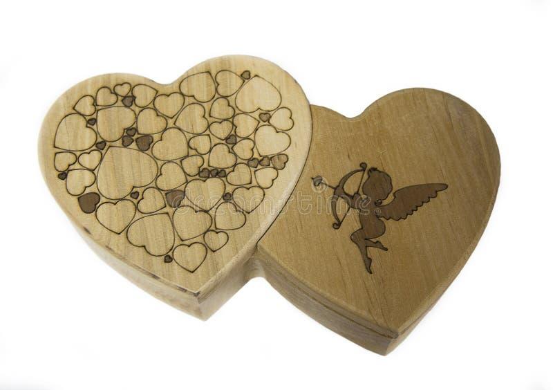 Drewniana szkatuła w postaci dwa serc obrazy stock
