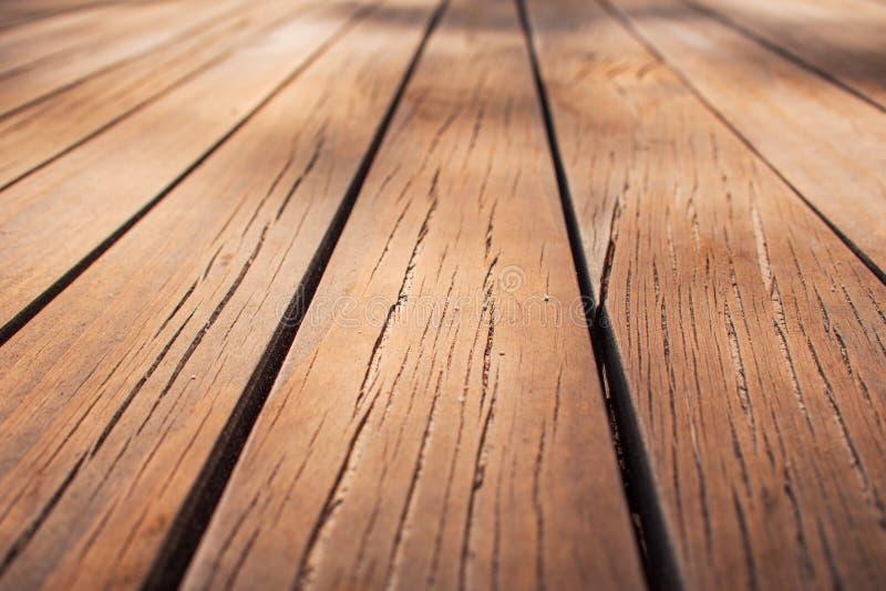 Drewniane deski w górę, tekstura w perspektywie, boardwalk obrazy stock