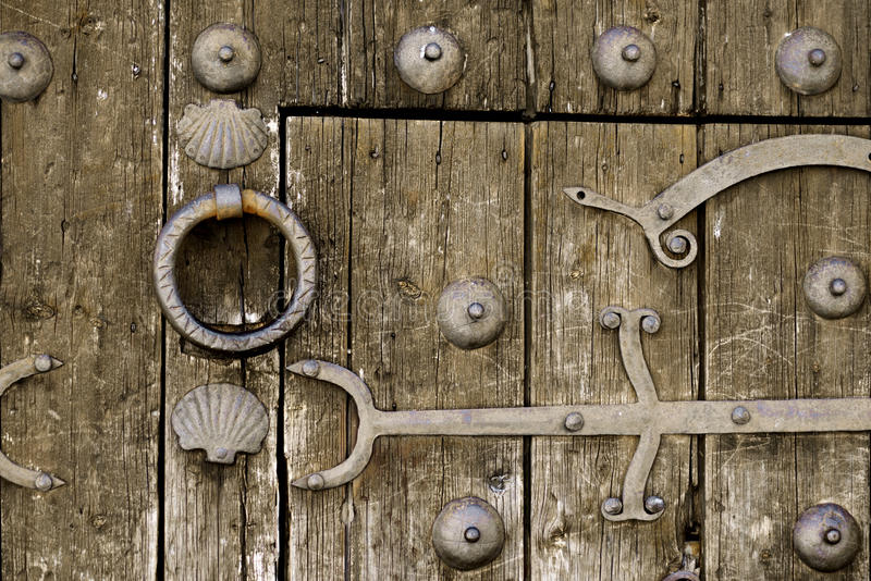 drewniane drzwi pradawnych, obraz stock