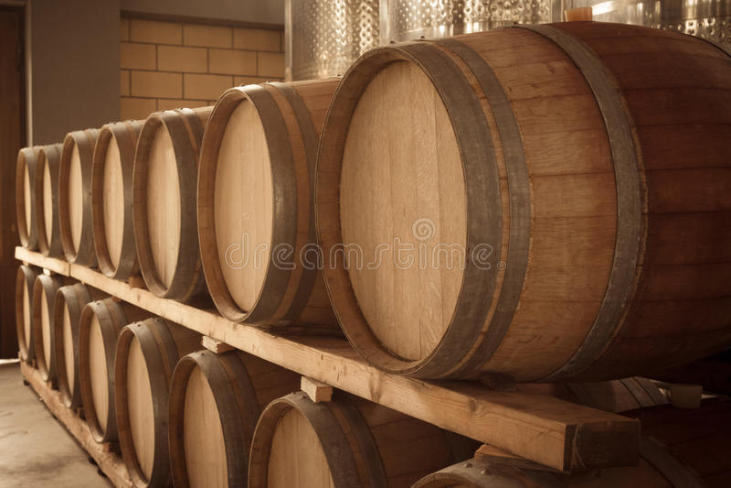 Drewniane wino baryłki fotografia stock
