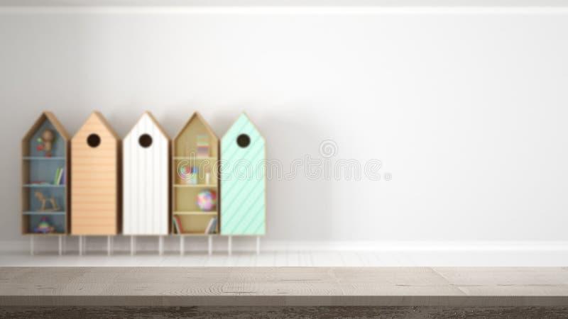 Drewnianego rocznika stołowy wierzchołek lub półki zbliżenie, zen nastrój nad zamazanym pustym dzieckiem, żartujemy pokój z kolor obraz stock