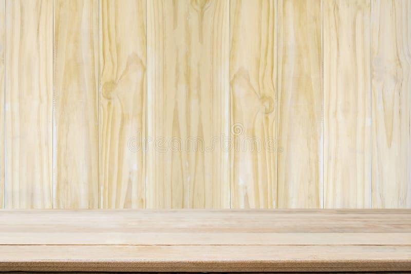 Drewnianego tła drewna ścienny i drewniany biurko z pustym zdjęcia stock