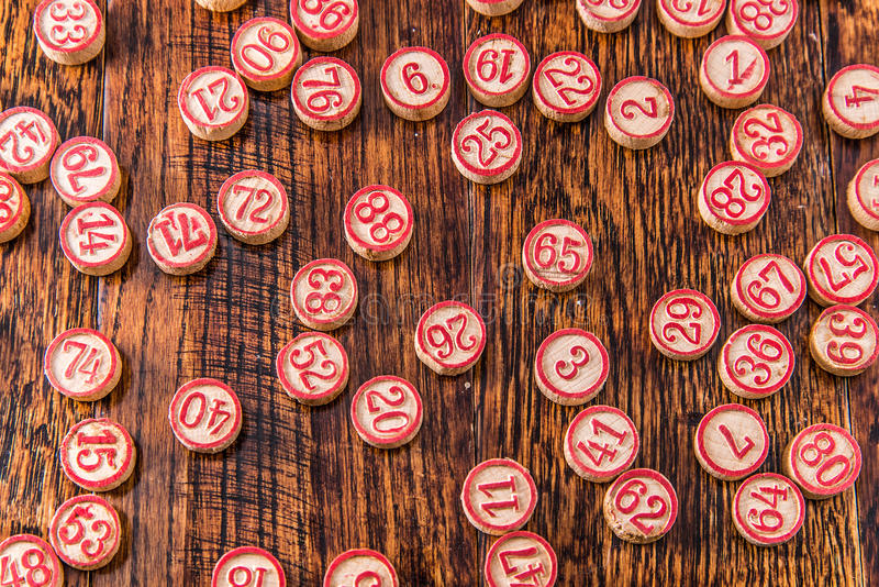 Drewniani Bingo liczby układy scaleni fotografia stock