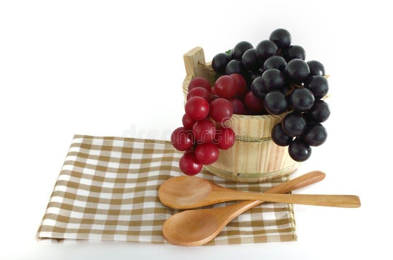 Drewniani kulinarni naczynia z wiadrem obraz royalty free