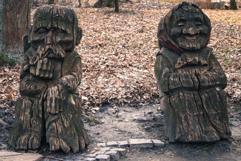drewniani rzeźba dziadkowie obrazy stock
