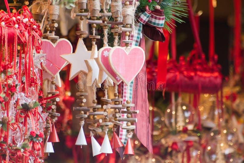 Drewniani serca i gwiazda ornamenty obraz stock