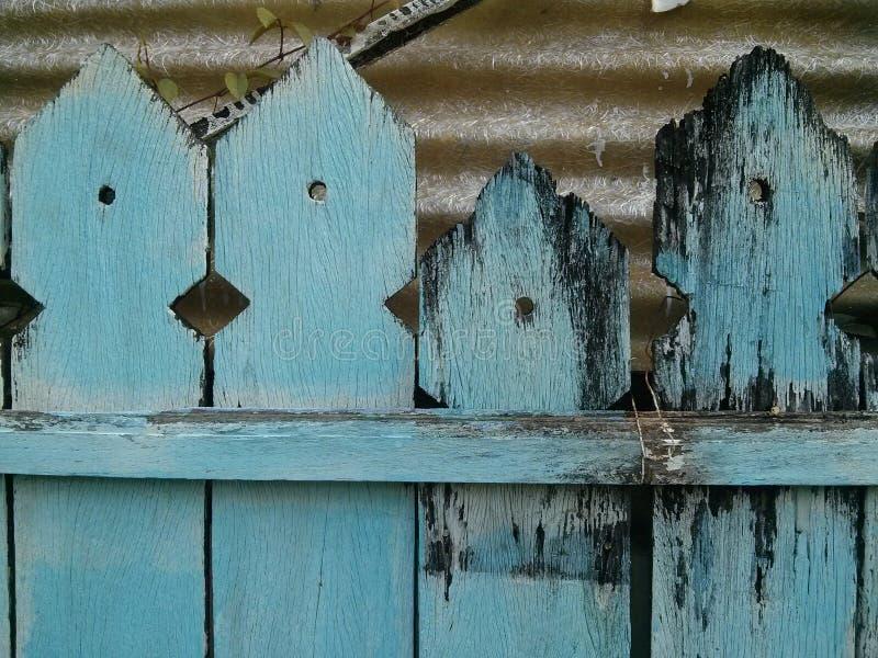 Drewniany błękita ogrodzenie fotografia stock
