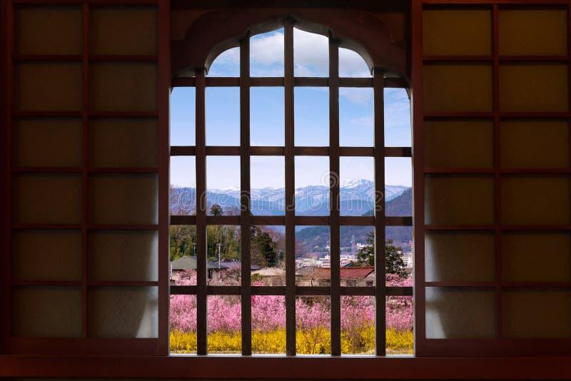 Drewniany constructure i szczegół tradycyjny antyczny Japonia hous fotografia royalty free