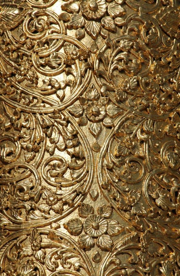 Drewniany cyzelowanie z złocistym liściem, Shwedagon pagoda w Yangon, Myanmar zdjęcia royalty free