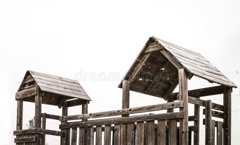Drewniany dom w boisku fotografia stock