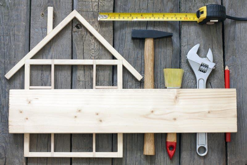 Drewniany domowy budowy odświeżanie zdjęcie royalty free