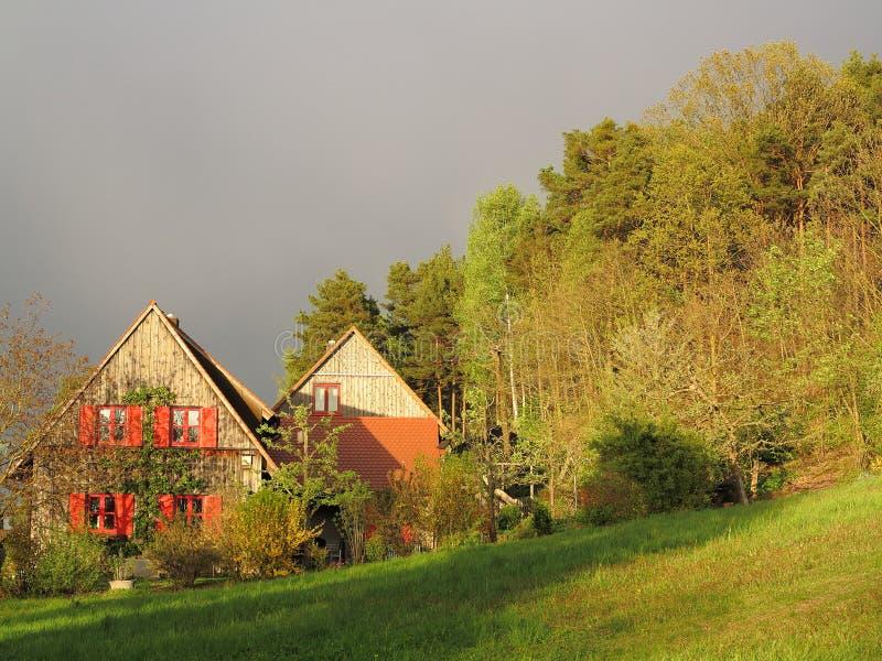Drewniany domowy wsi utrzymanie zdjęcie royalty free