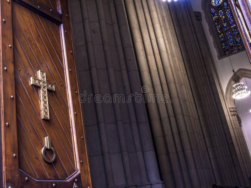 Drewniany drzwi Se metropolita katedra fotografia royalty free